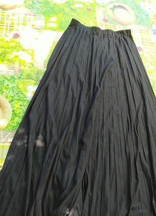 Черная юбка плесировка