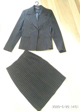 Шикарный костюм классика