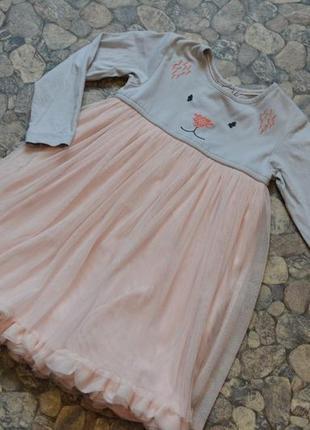 Нежное нарядное красивое пышное платье 2-3года