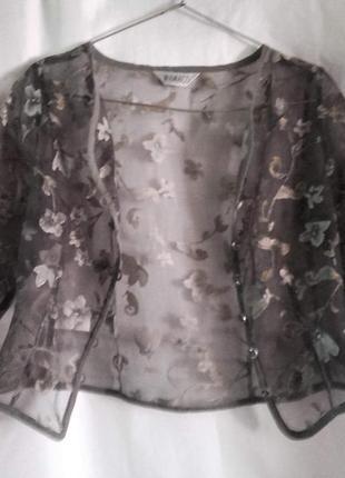 Прозрачная блуза-рубашка с цветочным узором