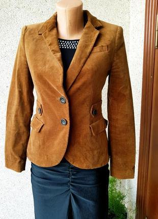 Стильный бархатный пиджак,жакет с латками на локтях
