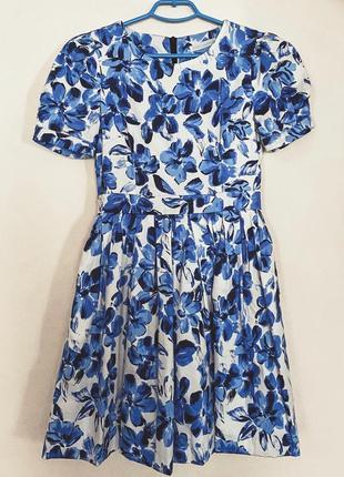 Белое платье с яркими голубыми цветами ulyana sergeenko, размер 42 {s}