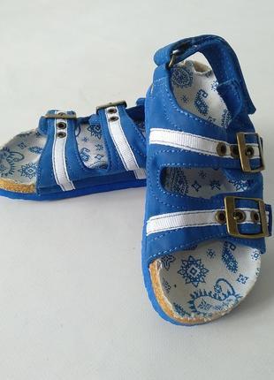 Боссоножки сандали для мальчика от mothercare