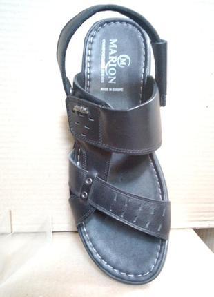 Кожаные босоножки сандали