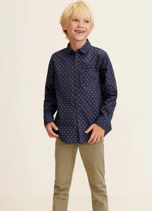 Рубашка мальчику синяя в принт 6/7 лет от mango