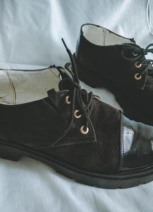 Черные лакированые замшевые туфли, оксфорды, лоферы кеды