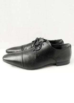Стильные фирменные классические кожаные туфли burton. размер uk10 eur44.