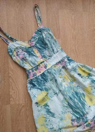 Актуальний сарафан ,сукня в квітковий принт