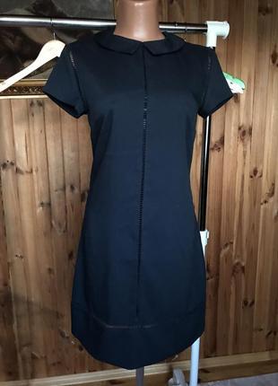 Платье темно синее по фигуре top secret с воротничком и перфорацией