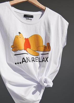Шикарна футболка з вінні пухом!