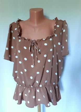 Блуза цвета 'кофе с молоком' в белый горошек primark (размер  18-20)