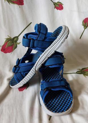 Босоножки сандали kamik 39p