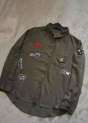 Котоновая рубашка с патчами нашивками размер 10-12 paris in vogue4 фото