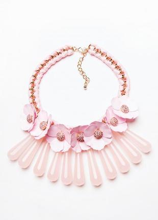Шикарное розовое колье с цветами love republic