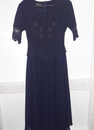 Шикарное вечернее платье из шифона с кружевом