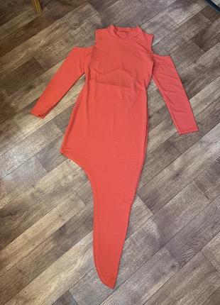 Симметричное платье