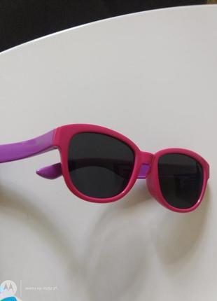 Якісні дитячі сонцезахисні окуляри (2-3 роки)