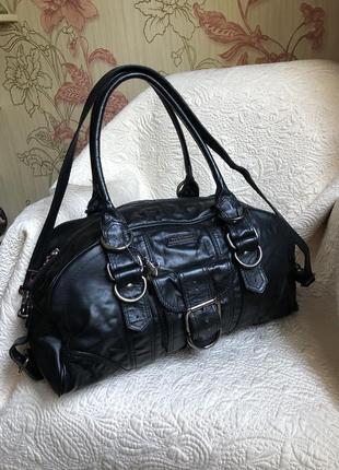 Бесподобная большая вместительная кожаная сумка, натуральная кожа, с длинным ремешком,