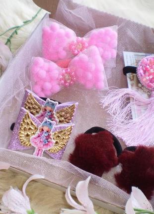 Набір дитячих резинок та заколок для волосся\набор детских резинок и заколок для волос