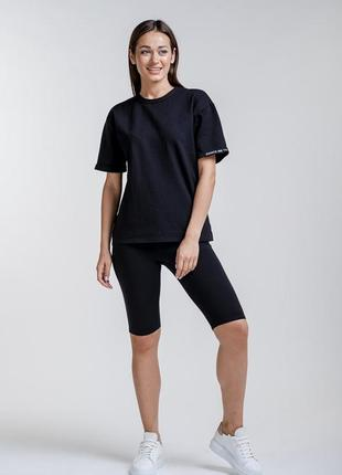Женский трикотажный костюм с футболкой и велосипедками