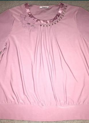 Красивая нарядная блузка большого размера