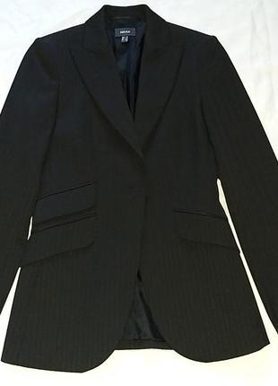 Бомбезный пиджак на стройняшку