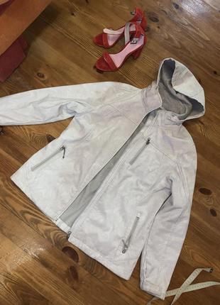 Крутая спортивная куртка курточка термо