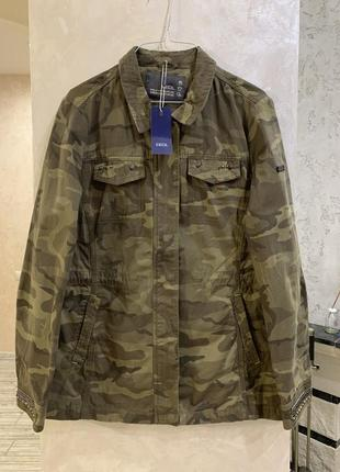 Куртка в стиле милитари бренда cecil. размер м.
