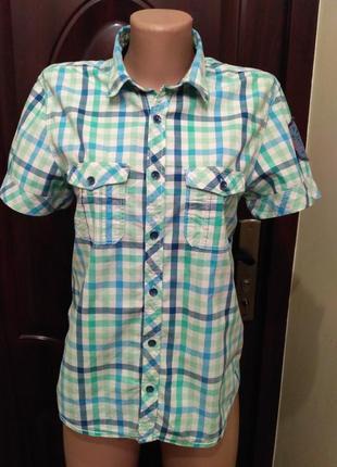 H&m. рубашка в клетку с вышивкой на спине, короткий рукав