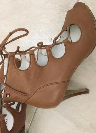 Туфли. летние ботинки. оригинал.