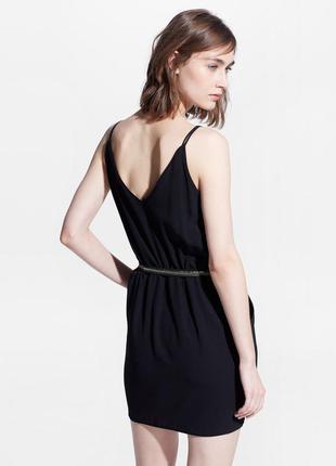 Черное платье короткое mango на бретельках