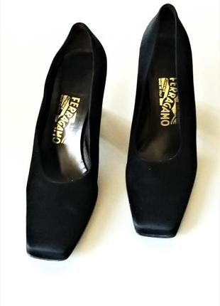 Туфли женские salvatore ferragamo (италия)