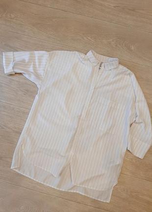 Модная рубашка оверсайз stradivarius, размер s-м.