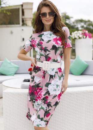 Модное принтованное платье с короткими рукавами