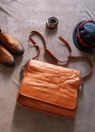 Мужская большая кожаная сумка портфель  на длинном ремне колумбия.