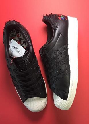 Кроссовки adidas superstar black white черные с белой подошвой и рисунком