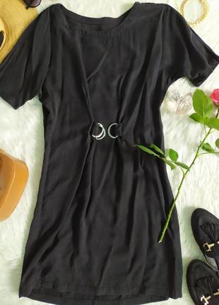 Чёрное каттоновое платье свободного кроя