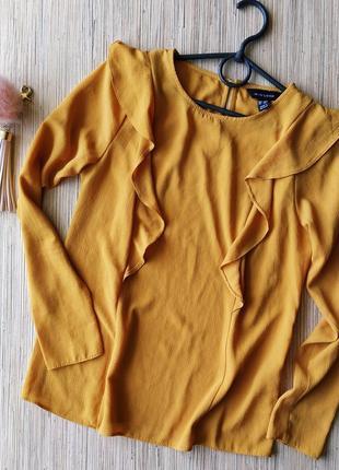 Милая шифоновая блуза с рюшами
