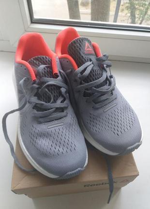 Кроссовки 24 см для бега и спорта