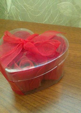 Набір мил ''лепестки роз'' (набор мыл)