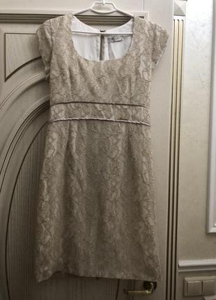 Платье. плотное кружево . турция