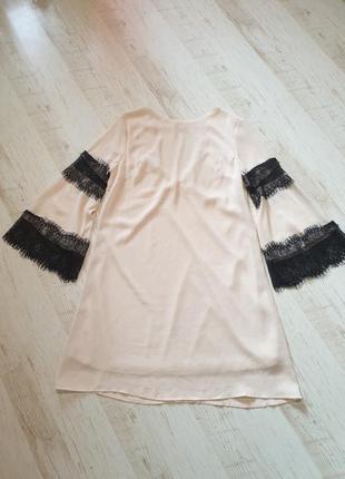 Милое нарядное платье кружево juevre