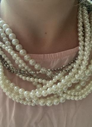 Жемчужное ожерелье с цепочками