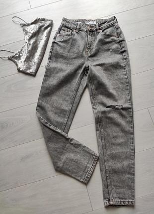 Джинсы оверсайз, mom джинсы