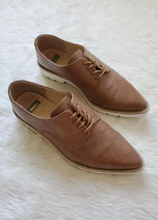 Кожаные туфли оксфорды броги