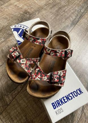 Сандали birkenstock