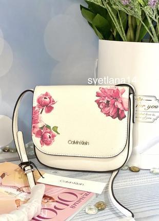 Calvin klein оригинал. летняя белая\нюдовая сумочка, сумка кросс-боди