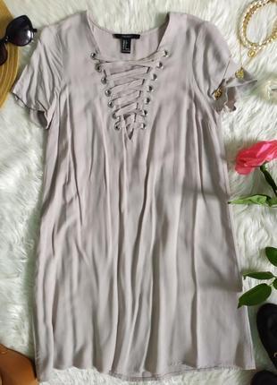 Лёгкое бежево серое платье мини