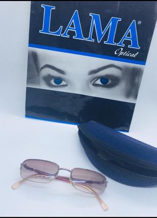 Calvin klein оригинал купила в италии очки,даю плотный чехол