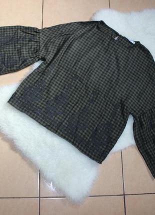 Стильна рубашка , блузка в клетку, рукава клёш с вышивкой pull&bear